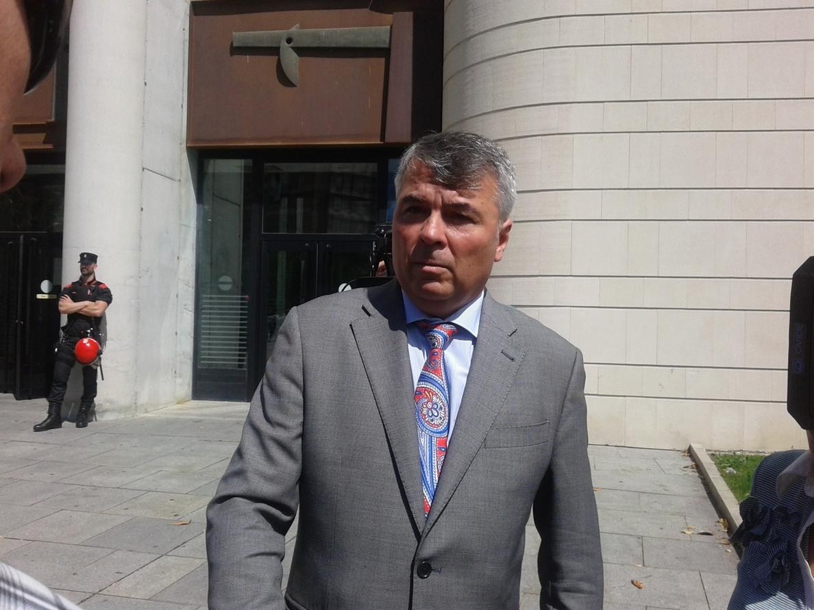 El abogado de »La Manada» valorará plantear un recurso de la condena por violación ante el Tribunal Constitucional