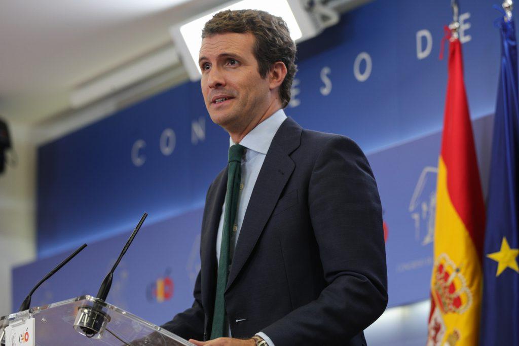 Casado, abierto a sentarse con Rivera y Abascal para llegar a acuerdos en los gobiernos de Madrid y Murcia
