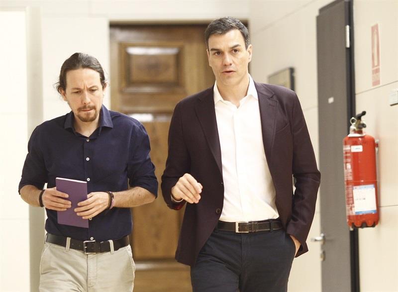 Una mayoría de los españoles quieren una coalición de PSOE y Podemos