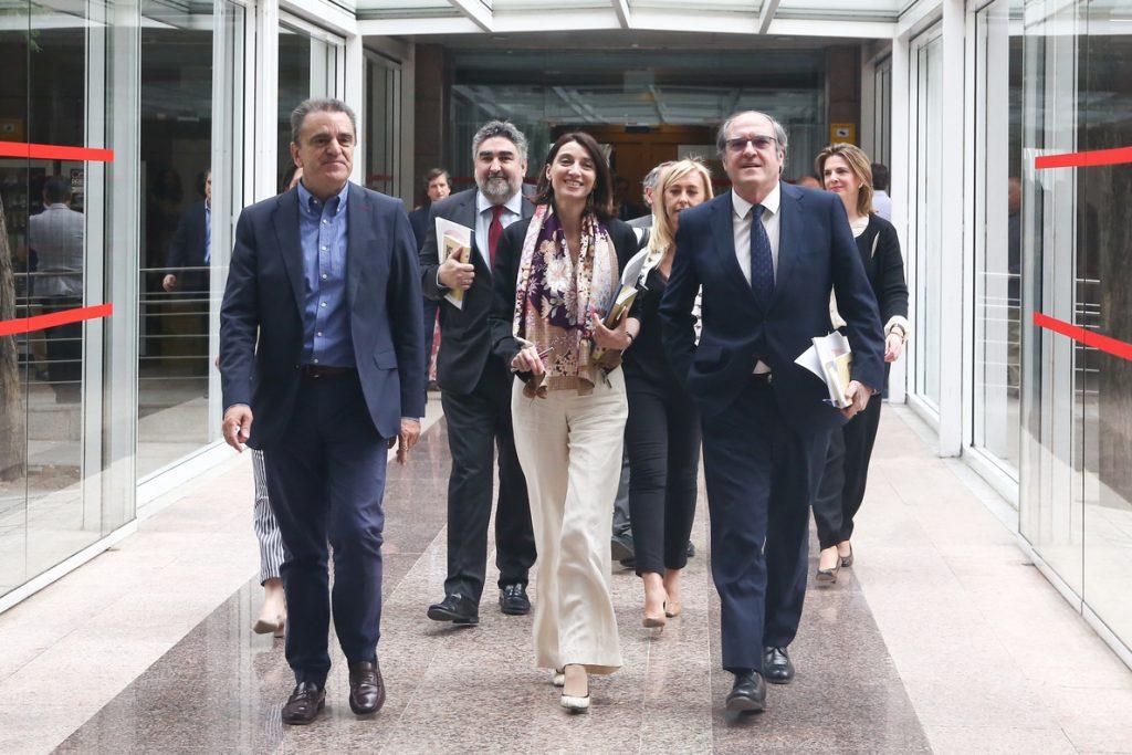 El PSOE recupera sus leyes en materia de igualdad, eutanasia y estabilidad presupuestaria