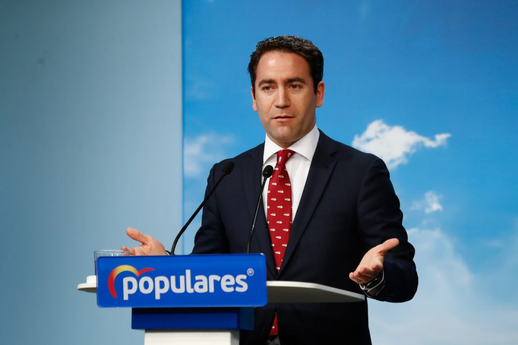 El PP propone que el Rey nombre un candidato alternativo a Sánchez