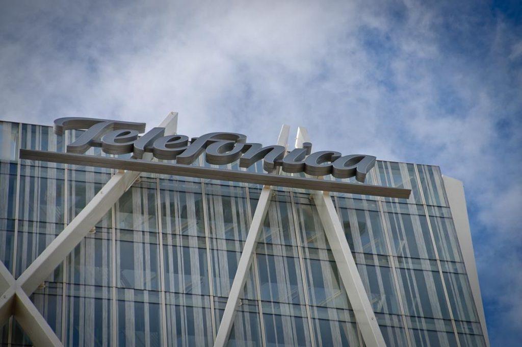 CGT pide a Telefónica que contrate a jóvenes ante la prejubilación de 4.500 trabajadores