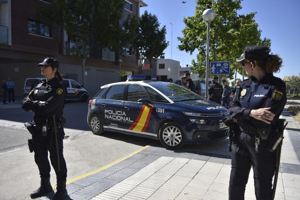 En libertad con cautelares el director financiero y el expresidente del Huesca