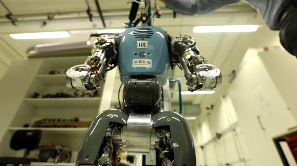 Primera toma de muestras de un robot autónomo en el fondo marino