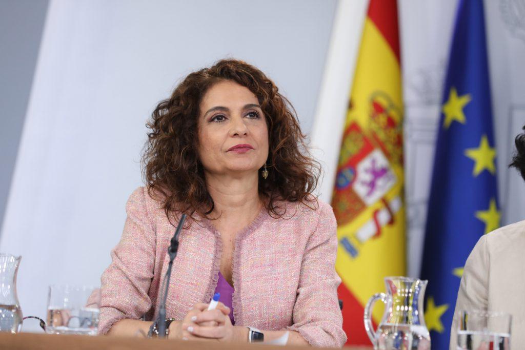 Montero espera que la reunión de Sánchez y Torra sirva para abrir «una vía de diálogo»