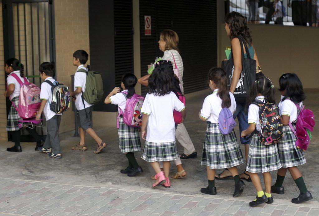Sociedades científicas sanitarias advierten que el 'pin parental' pone en riesgo la salud de escolares de Murcia