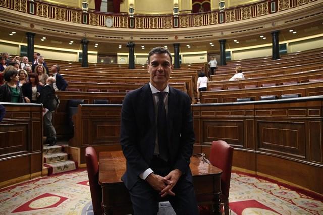 Junts avisa de que sin consulta sobre la independencia no hay solución en Cataluña
