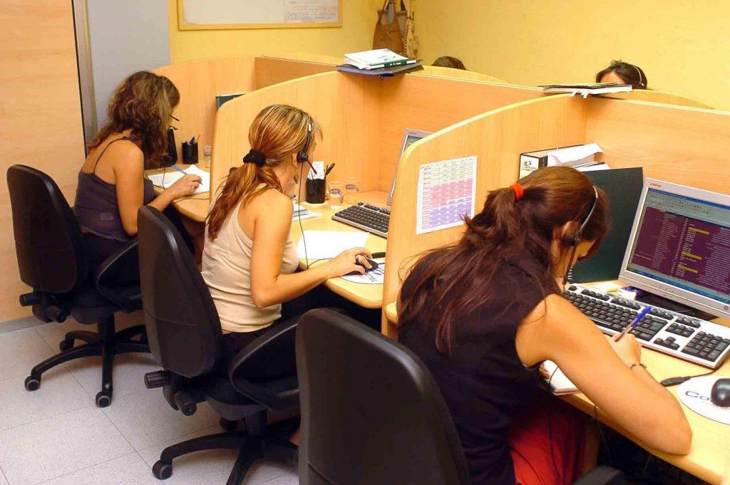 CGT investigará las circunstancias del fallecimiento de una trabajadora de telemarketing