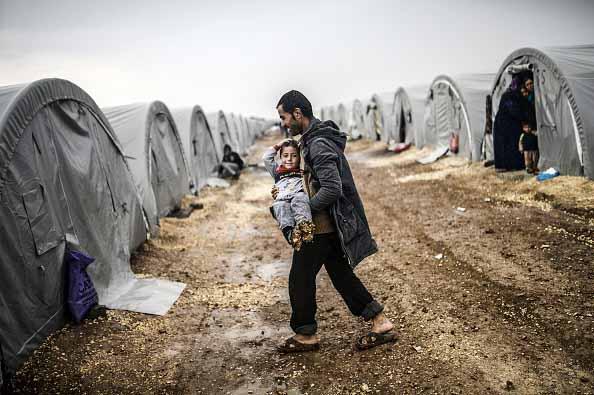 El virus del COVID-19 llega a los campamentos de refugiados y desplazados