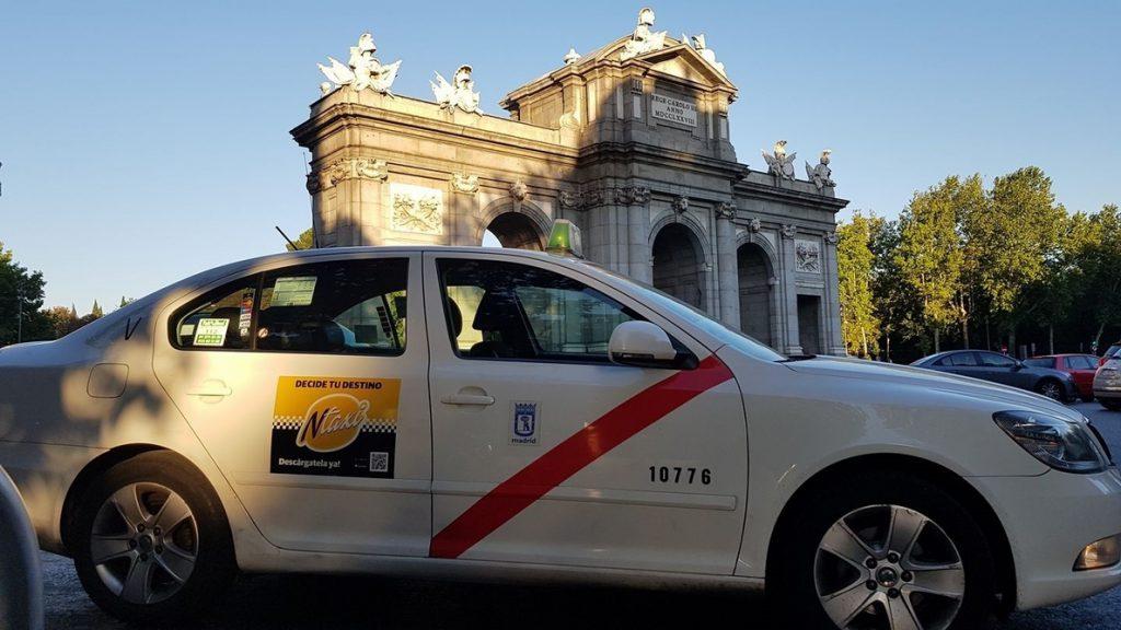 El Taxi de Madrid realiza más de 75.000 traslados de personal sanitario