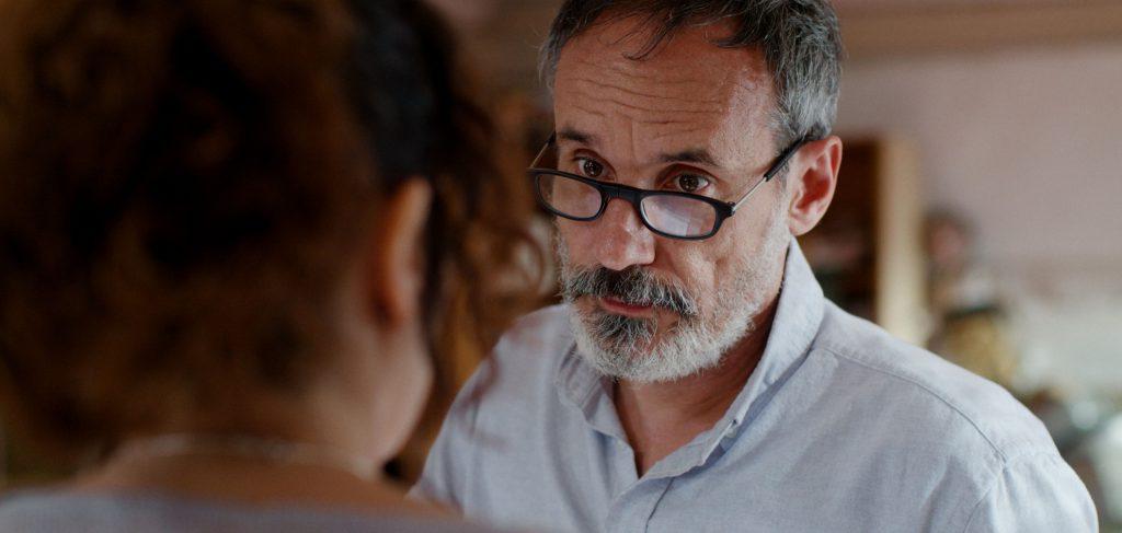 'Asamblea', de Alex Montoya, traslada su estreno a Filmin
