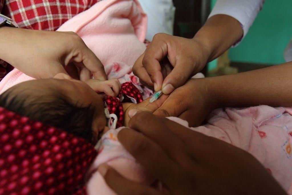 Millones de niños del sur de Asia ya se quedaron sin las vacunas rutinarias antes de la irrupción del COVID