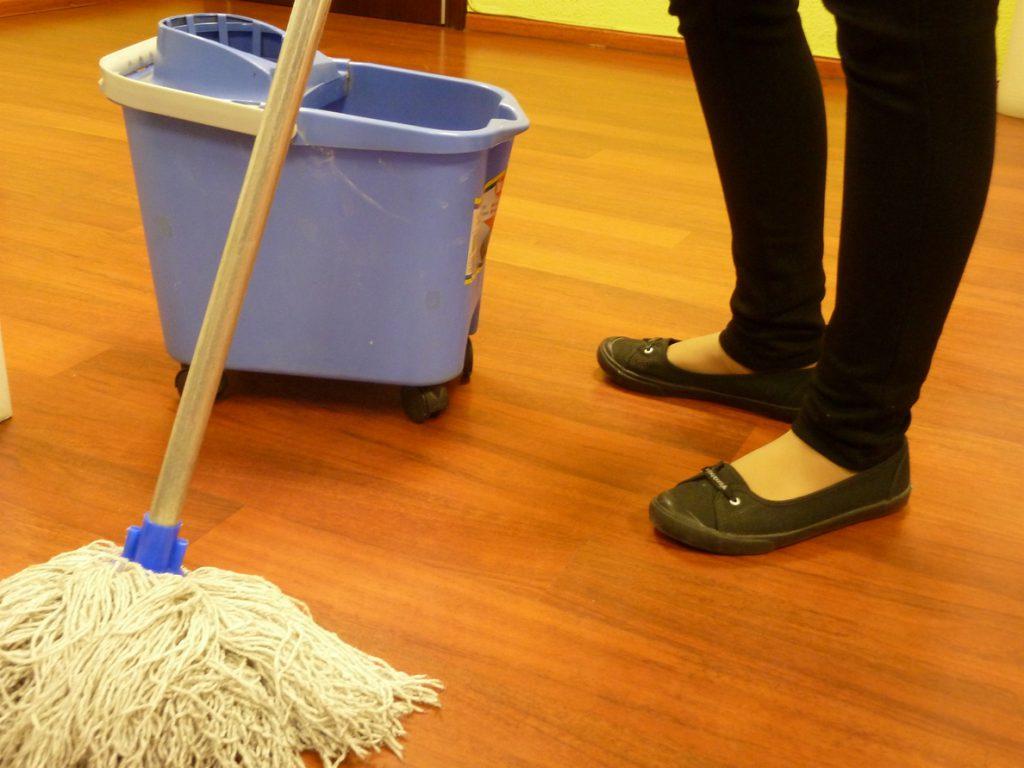 """El sector de la limpieza pide al Gobierno """"protección"""" para garantizar el empleo de más de 400.000 trabajadores"""