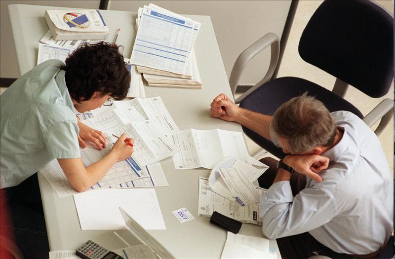 Se reduce a 3.845 el número de empleadas y empleados públicos de la Administración General del Estado