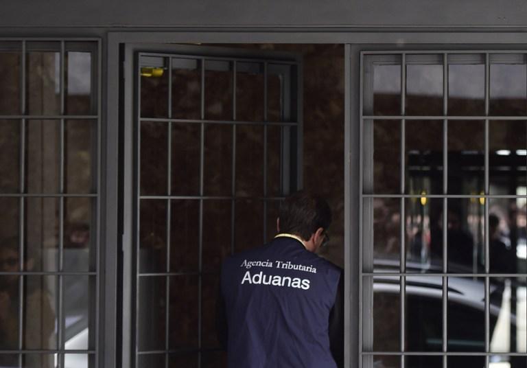 Cae una trama que distribuía en España gasóleo procedente de la Unión Europea modificado para evitar los controles fiscales comunitarios