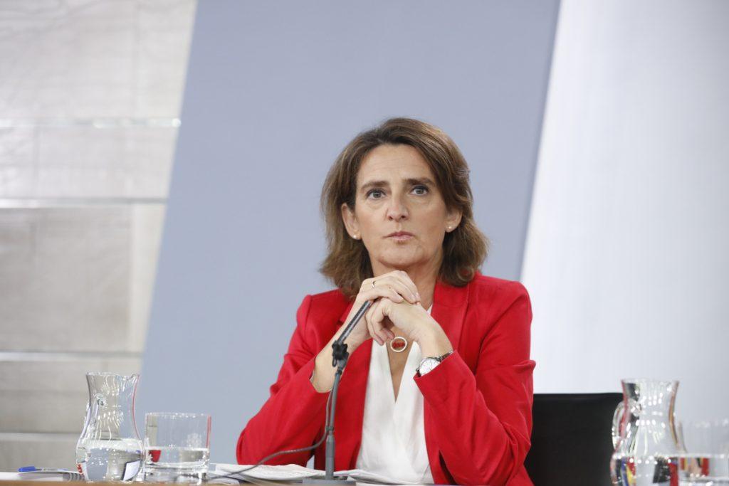 Teresa Ribera defiende el papel prioritario de la transición ecológica en el proceso de reconstrucción del país