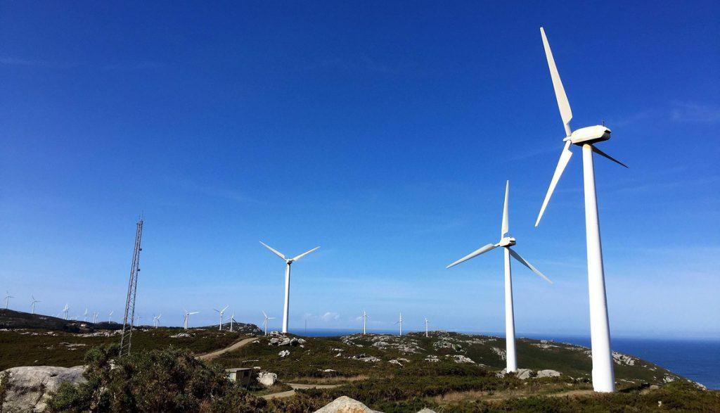 Las renovables se ofrecen a la Generalitat como motor de reactivación económica