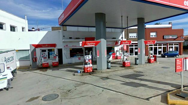 El Gobierno flexibiliza los criterios de apertura de las estaciones de servicio garantizando el suministro
