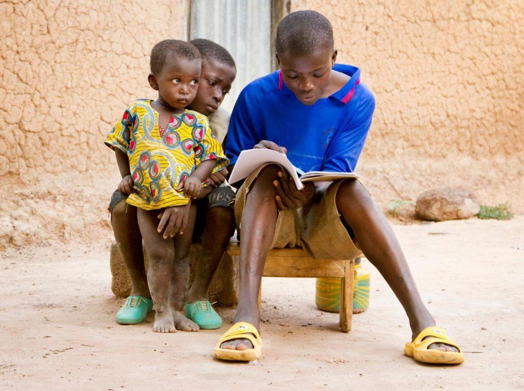 Un tercio de los adolescentes de Sahel no ha asistido nunca a la escuela
