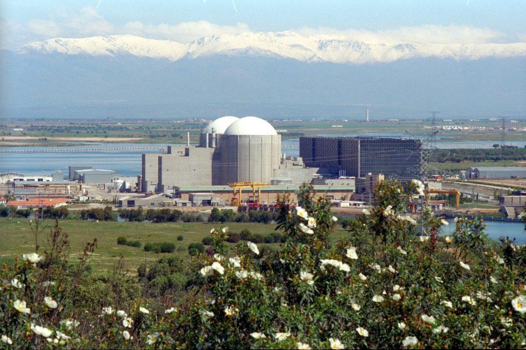 CGT exige al Gobierno el cierre de la central nuclear de Almaraz