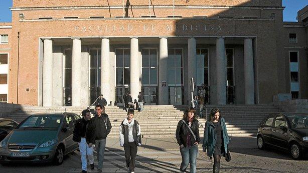 """CCOO rechaza frontalmente la oferta a los egresados universitarios como """"rastreadores voluntarios"""""""