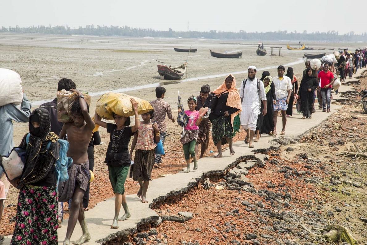 Los niños rohingya se llevan la peor parte de las interrupciones causadas por la COVID-19 en Bangladesh