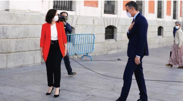 """Sánchez y Ayuso pactan un gabinete común para luchar contra el virus: «Vienen semanas muy duras"""""""
