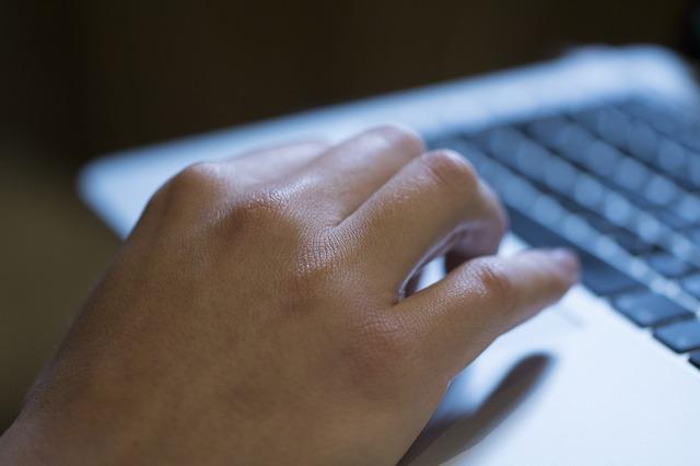 El sector TIC modera su ritmo de contratación, pero mejora en 5 puntos su nivel de actividad