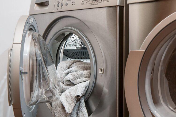 Washrocks: la App que está revolucionando el sector de las lavanderías