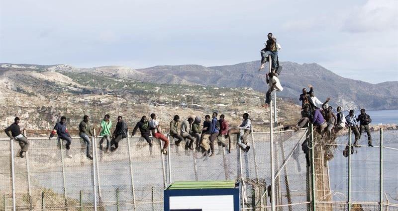 Inmigración: el Tribunal Constitucional avala las devoluciones en caliente