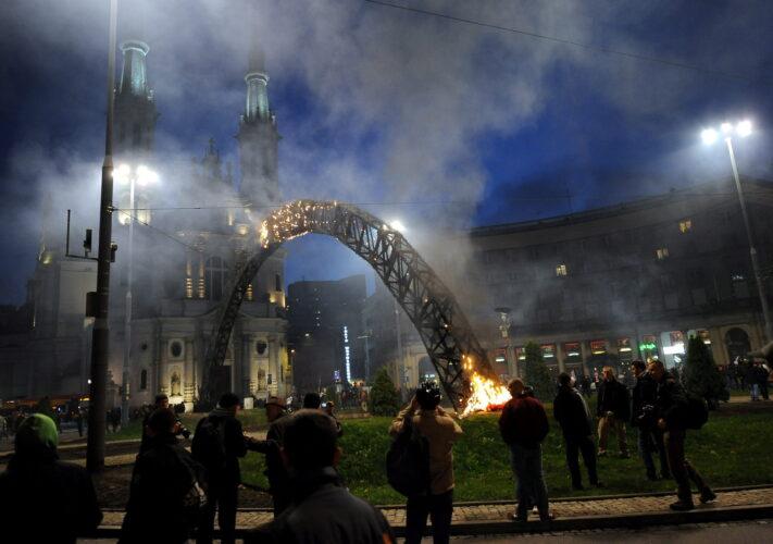 Amnistía internacional denuncia que en Polonia continúa la represión de las protestas de la Huelga de las Mujeres