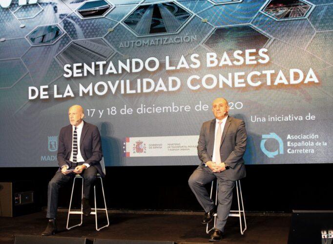 """I Congreso Español de Smart Roads, llegan las carreteras intelligentes: «Vehículo y usuario conectados en condiciones de absoluta seguridad"""""""