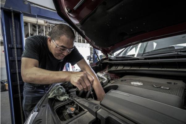 ¿Qué servicios para el sector automovilístico están muy solicitados hoy en día?