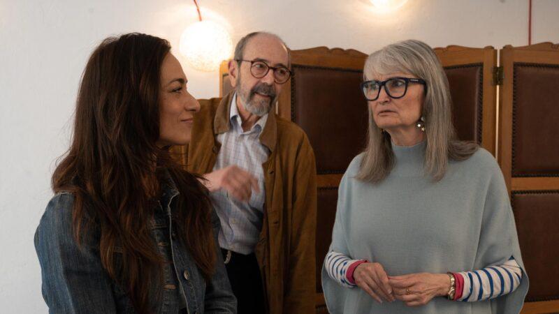 'Contarlo para no olvidar', una conversación escénica sobre periodismo dirigida por Miguel Rellán